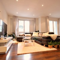 Splendide appartement rénové 3.5p / 1 Grand Salon / Balcon vue sur lac