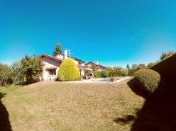 Superbe maison familiale individuelle à Sullens