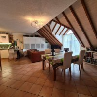 Magnifique attique en duplex de 2.5 pièces / balcon / calme