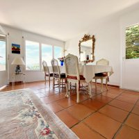 Magnifique maison meublée 6.5 p / 4 chambres / Jardin / Vue lac