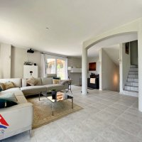 Superbe maison meublée (photos des meubles à venir) Jardin - Vue lac