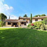 Magnifique maison meublée - Grand jardin - Piscine - 2 garages
