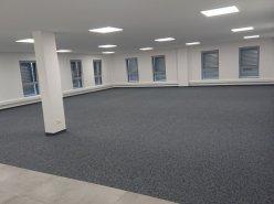Bureau 166 m2 dans halle multifonction