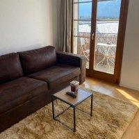 Superbe appartement rénové / Vue sur les montagnes