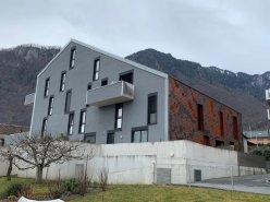 Pour investisseur appartement de 2.5 pièces avec une grande terrasse.