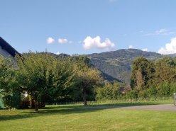 Jardin et terrasse pour ce 3,5 pces sur plan traversant !