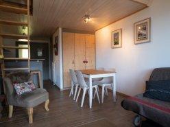 Home Story vous propose un magnifique 2 pièces en duplex à 150m de la liste de ski