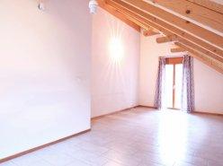 Magnifique appartement en attique de 3 pièces à Lavey-les-Bains