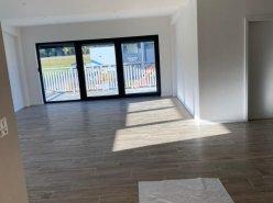 Magnifique appart 4,5 p / 3 chambres / 2 SDB / avec terrasse.