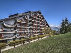 FOTI IMMO - Magnifique appartement de 2,5 pièces avec terrasse.