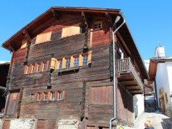 Appartement traditionnel à rénover