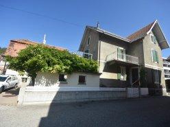 Maison de 6 pièces avec jardin et terrasse avec garage double