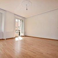 Magnifique appartement avec cachet de 4.5 pièces / balcon & terrasse