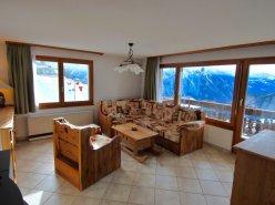 Appartement de 3,5 pièces à Albinen avec une vue à couper le souffle. Proche de Loèche les Bains et des pistes de skis