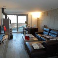 Bel appartement de 4 pièces avec piscine intérieure et vue imprenable