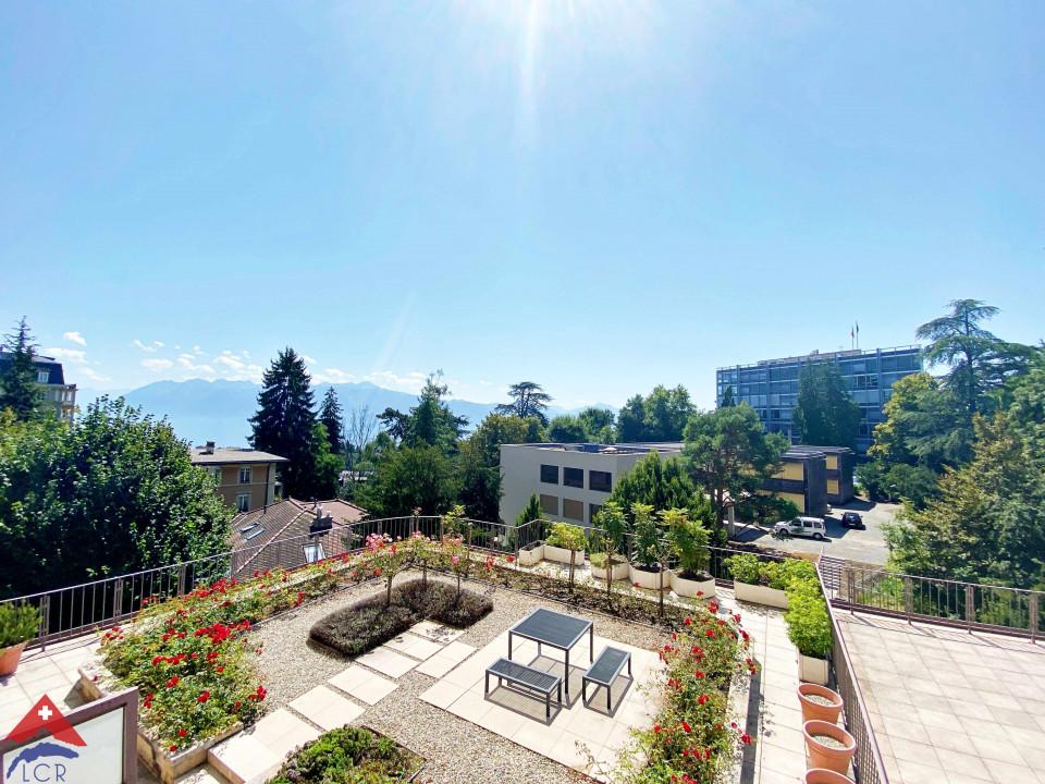 Ravissant appartement 5 pièces / 3 chambres / 2 balcons avec vue