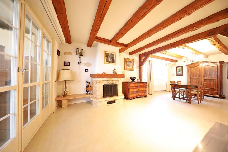 Magnifique maison / Belle parcelle / Piscine / Vue lac