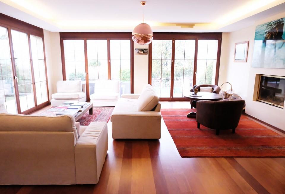 Magnifique villa 9p - 6 CHB / Jardin - Piscine, Vue lac imprenable