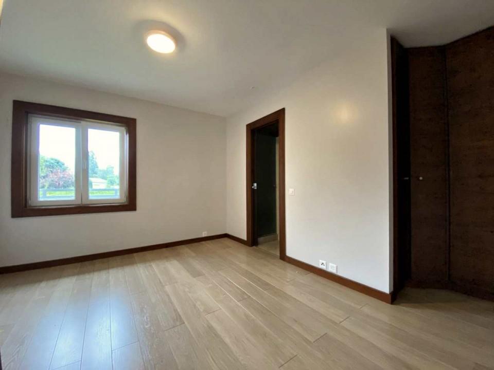 Superbe villa de 300 m2 à louer, jardin de 1500m2, Chavannes de Bogis