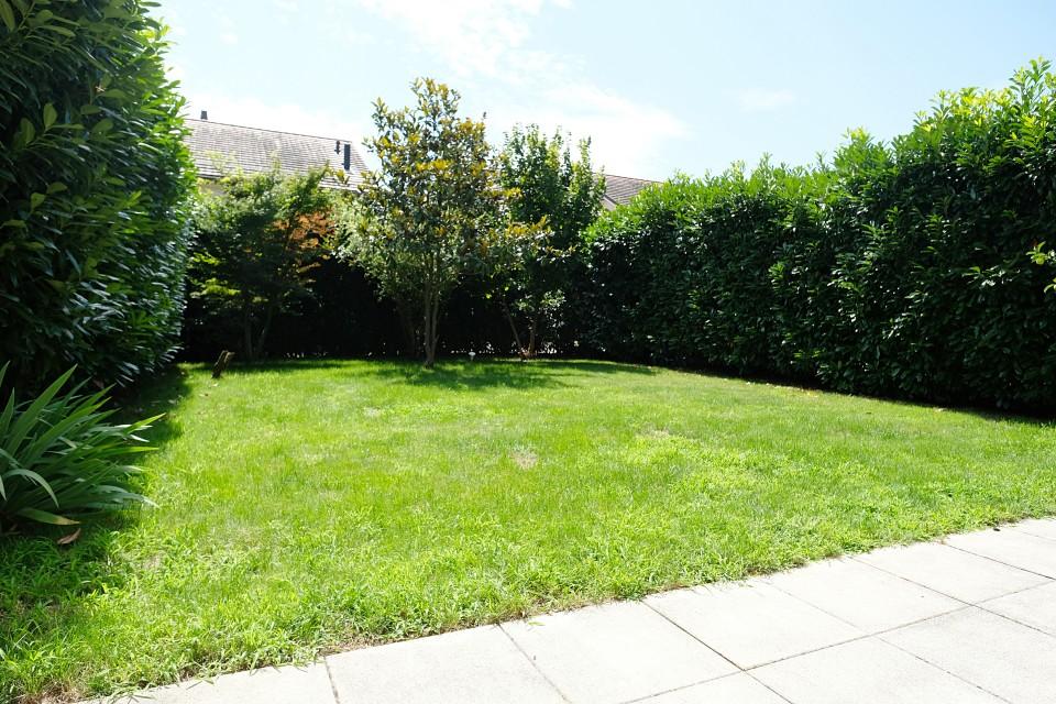 VISITE 3D / Magnifique maison mitoyenne avec jardin
